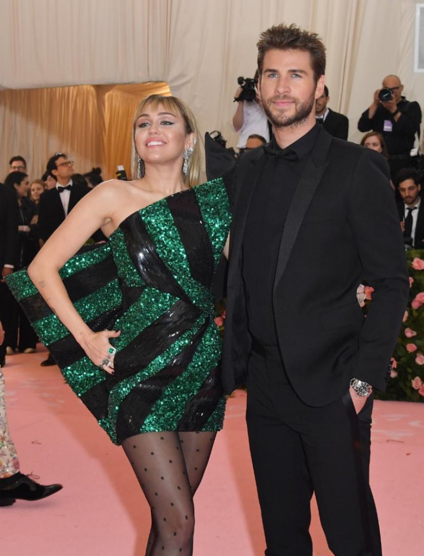 Miley Cyrus e seu marido Liam Hemsworth.