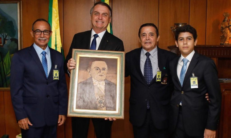 O cel. Castelo Branco, Jair Bolsonaro, Carlos Castelo e Luiz Carlos Castelo