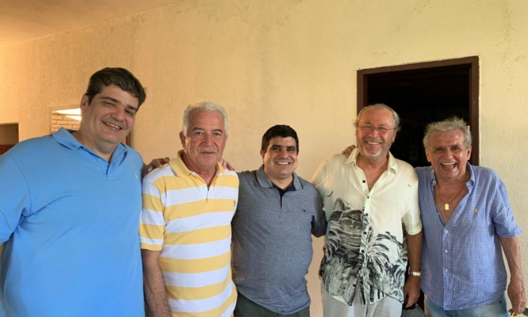Maurício Benevides, Paulo Aragão, Rodrigo de Paula, Cândido Albuquerque e Lúcio Brasileiro