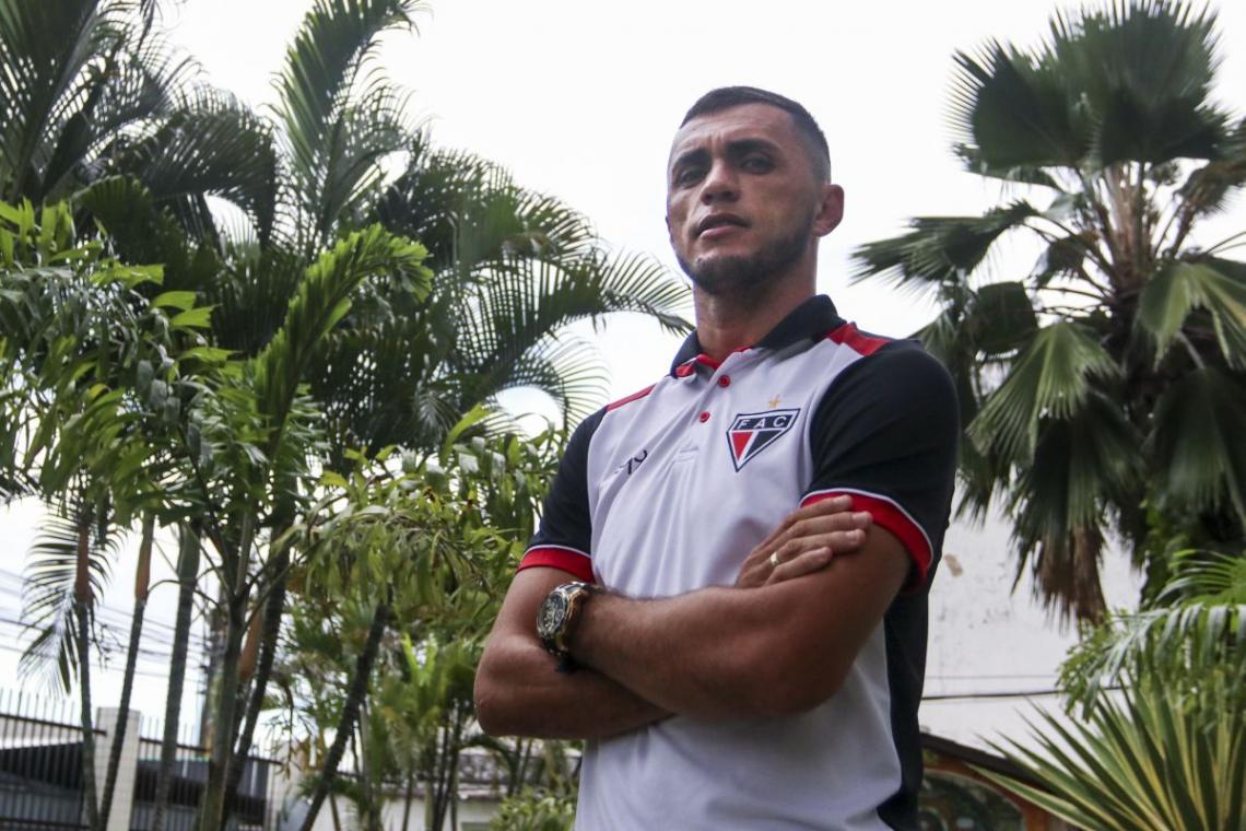 Edson Cariús, artilheiro do Ferroviário em 2019, com 13 gols