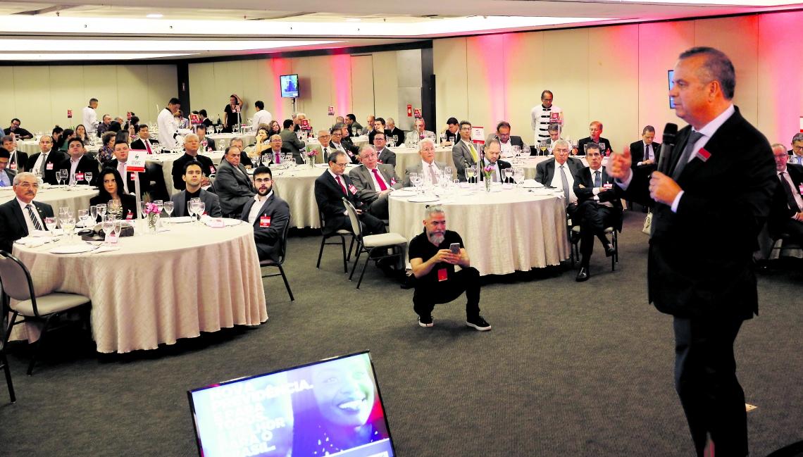 ROGÉRIO Marinho em palestra para empresariais do Lide Ceará no Hotel Gran Marquise