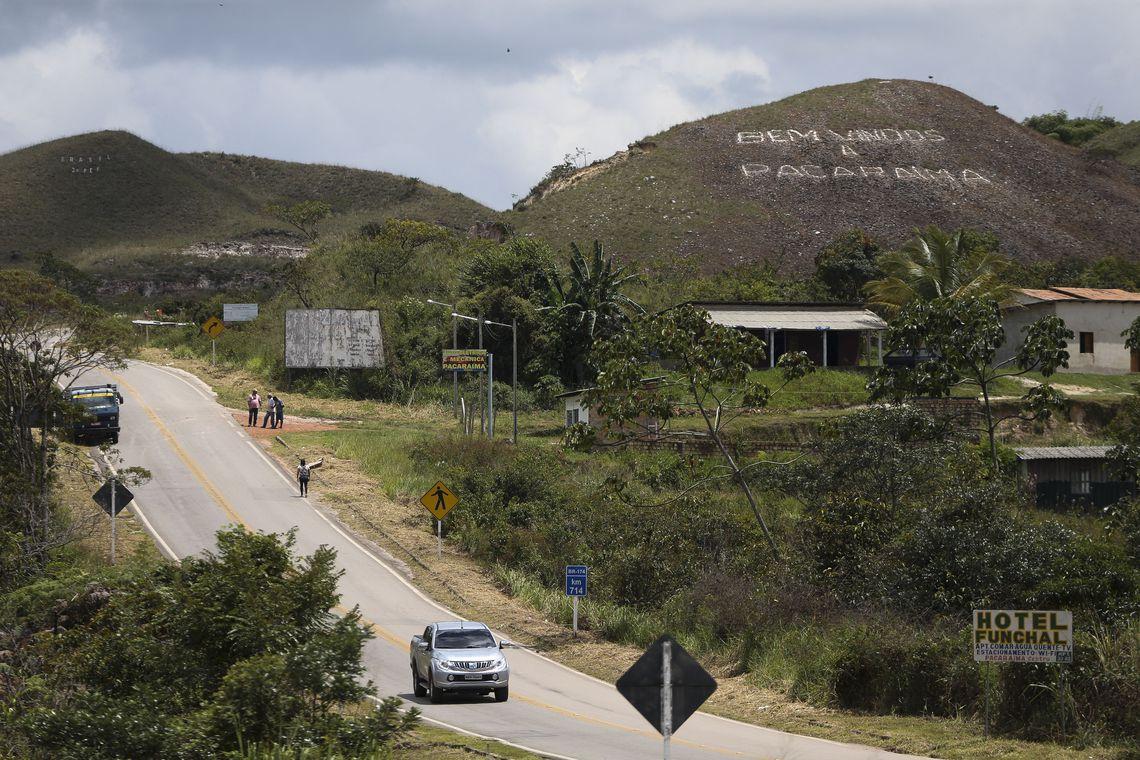 EXPECTATIVA é que Paracaíma (RR) receba maior fluxo de venezuelanos nos próximos dias