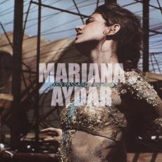 Capa do disco Peixes, Pássaros, Pessoas, de Mariana Aydar