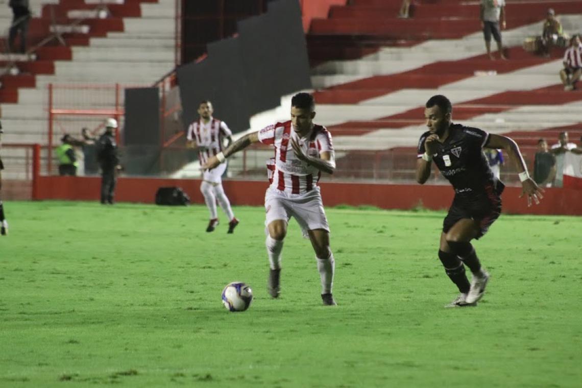 Ferroviário suportou a pressão do time da casa e saiu de Recife com mais três pontos no torneio.