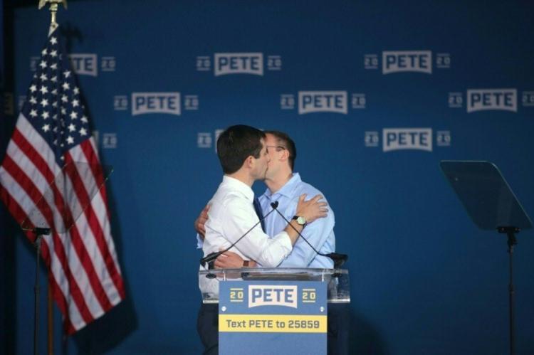 Eles ganharam grande popularidade quando Pete, prefeito de South Bend, de 37, anunciou sua pré-candidatura à presidência pelo Partido Democrata