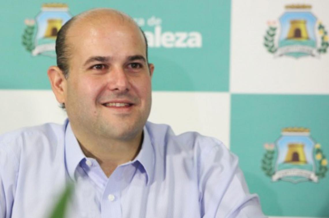 Roberto Cláudio: decreto em vigor; vistoria só depois