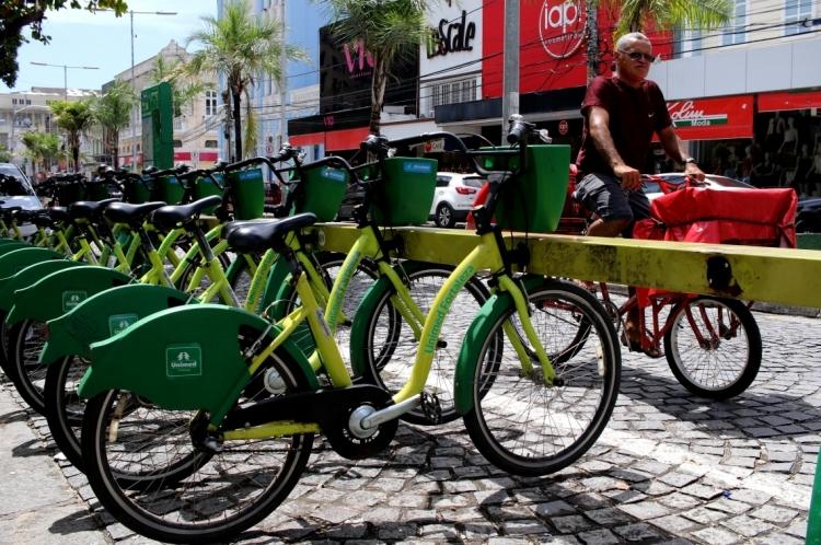 Estação do Bicicletar na Praça do Ferreira