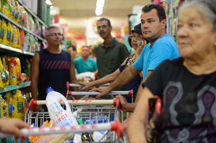 A cesta básica de alimentos em Fortaleza aumentou 3,16% entre os meses de março e abril desse ano e subiu 11,23% na variação anual.