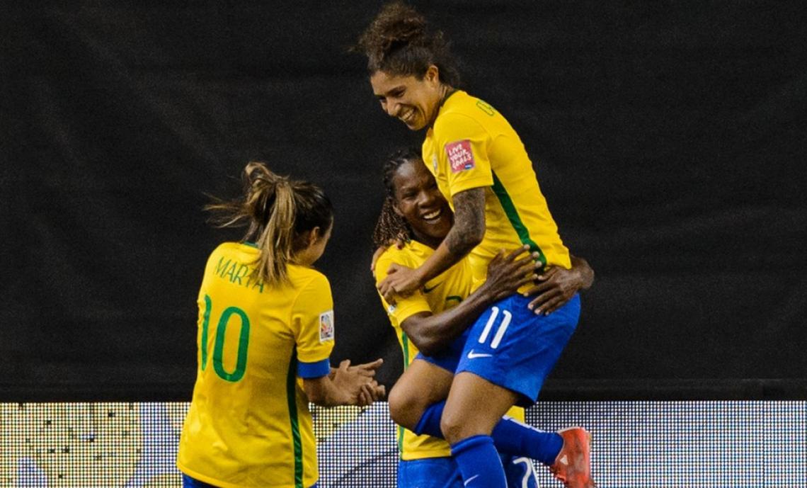 Marta, Cristiane e Marte são as atletas mais experientes da Seleção.