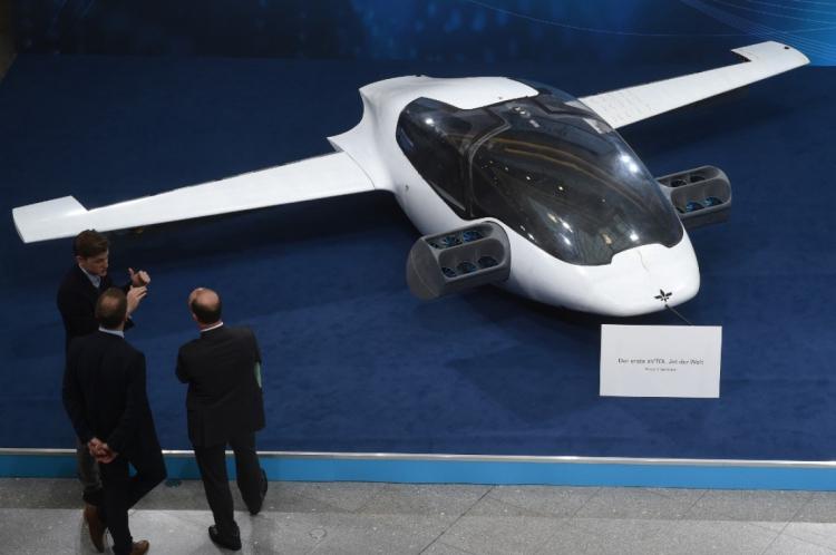 A start-up alemã Lilium apresentou o protótipo de táxi voador