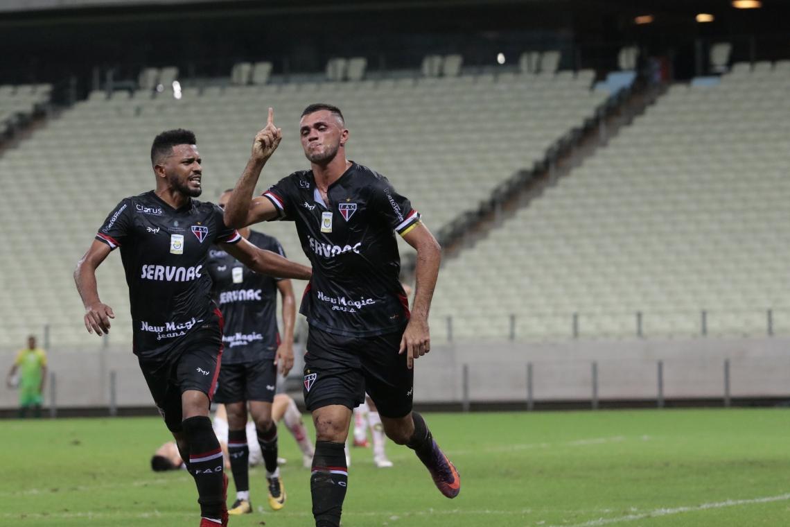Cariús entrou no segundo tempo contra o Globo (RN) e fez o gol da vitória