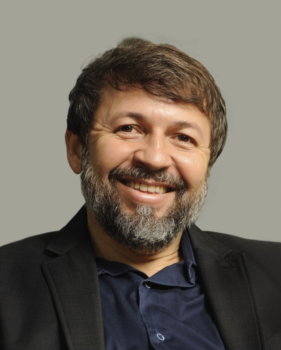 Élcio Batista  Secretário-chefe da Casa Civil do Governo do Ceará e sociólogo