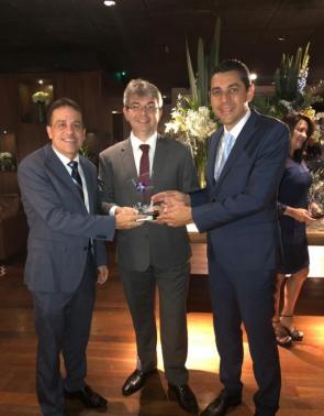 Edgy Paiva, Márcio Braga e Alexandre Menezes na solenidade do GPTW