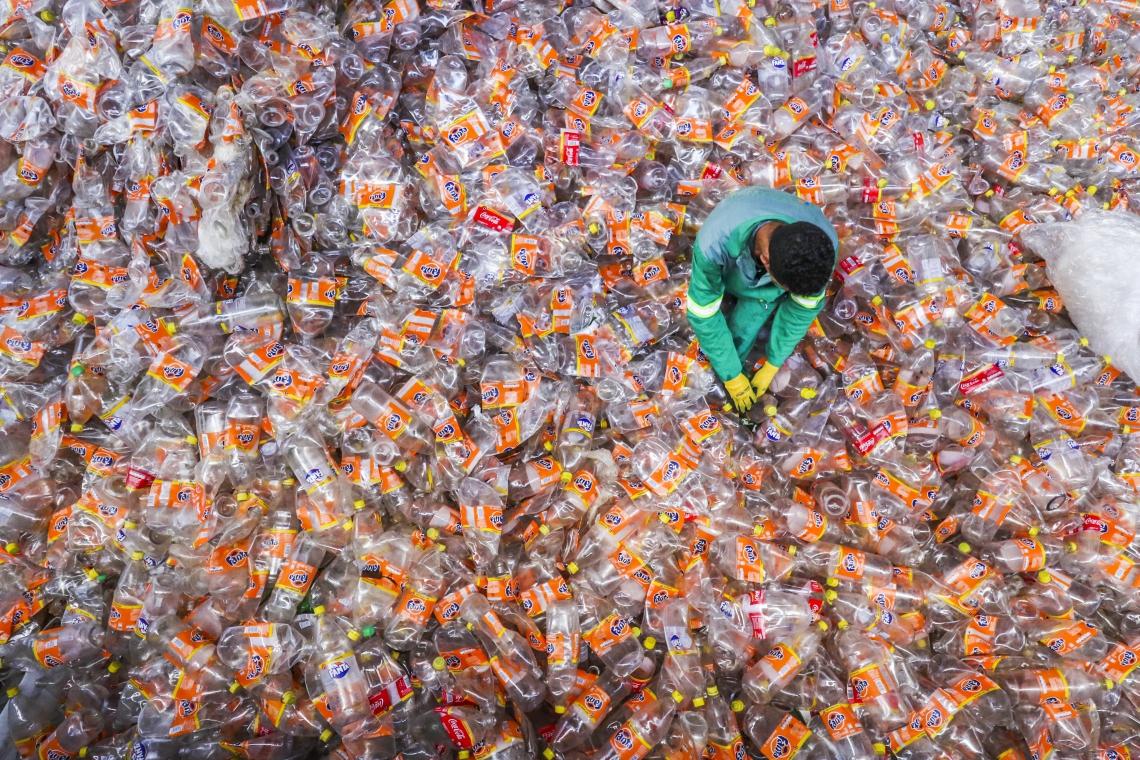 Fortaleza, CE, Brasil, 16-05-2019: Ultralimpo, especializada no gerenciamento de resíduos no Maracanaú, atende empresas com o objetivo de garantir uma destinação ambientalmente correta e economicamente viável. (Foto: Mateus Dantas / O POVO)
