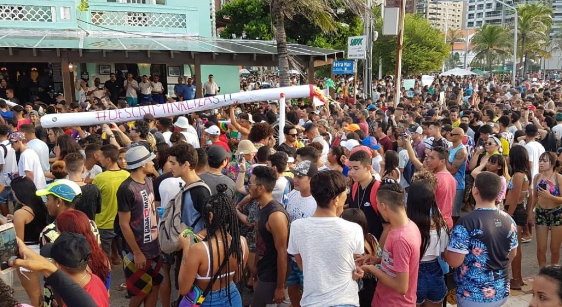 Manifestantes pedem o fim da criminalização do uso da planta no Brasil