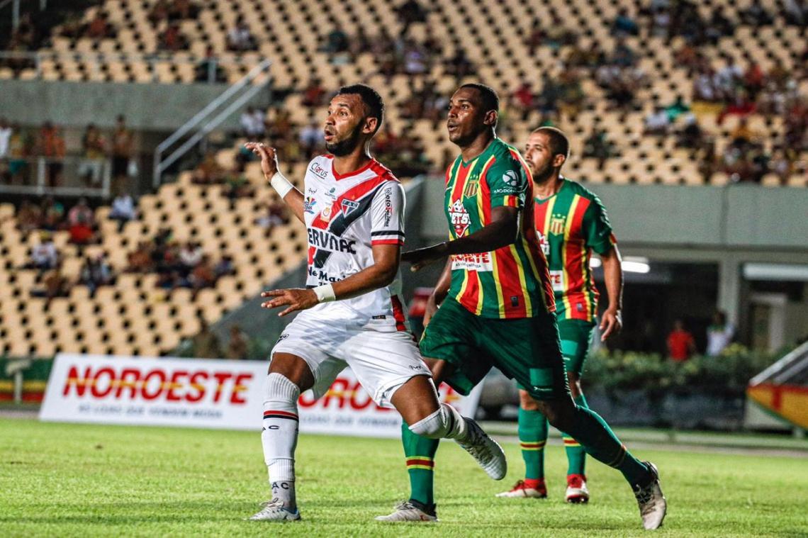 O resultado fez as duas equipes trocarem de posição na tabela de classificação e agora a Bolívia Querida é líder do grupo A