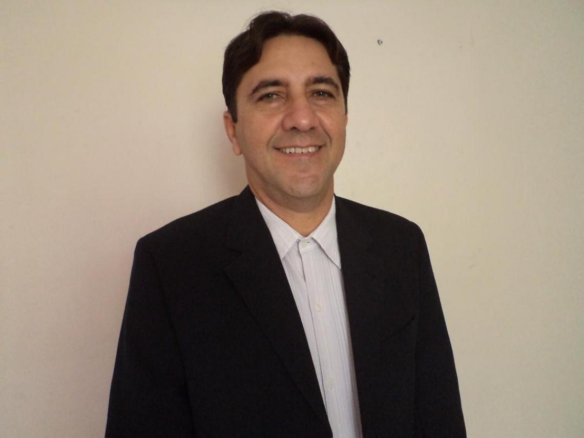 Ernesto Antunes Consultor empresarial, especialista em Logística empresarial e membro do Conselho de Leitores do O POVO