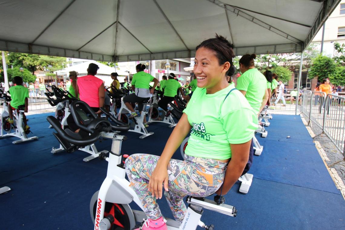 O público também pode aproveitar aulas de ciclismo indoor
