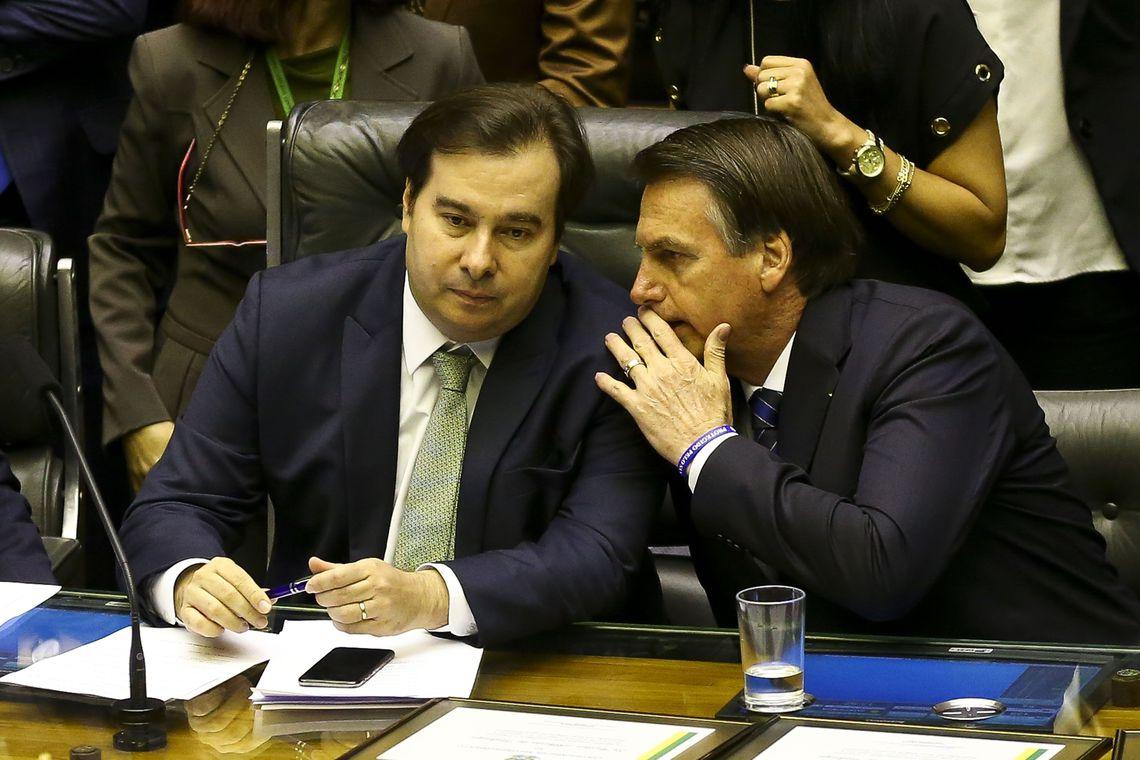 O presidente da Câmara, Rodrigo Maia, e Jair Bolsonaro articulam a reforma