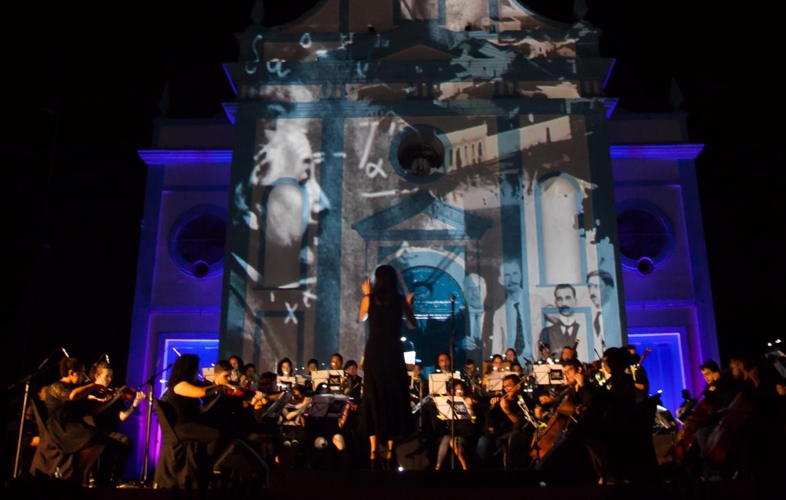 ORQUESTRA Sinfônica da UFC fez apresentação na Praça do Patrocínio dentro do Festival Internacional de Orquestras de Jovens Eurochestries, como parte da programação comemorativa