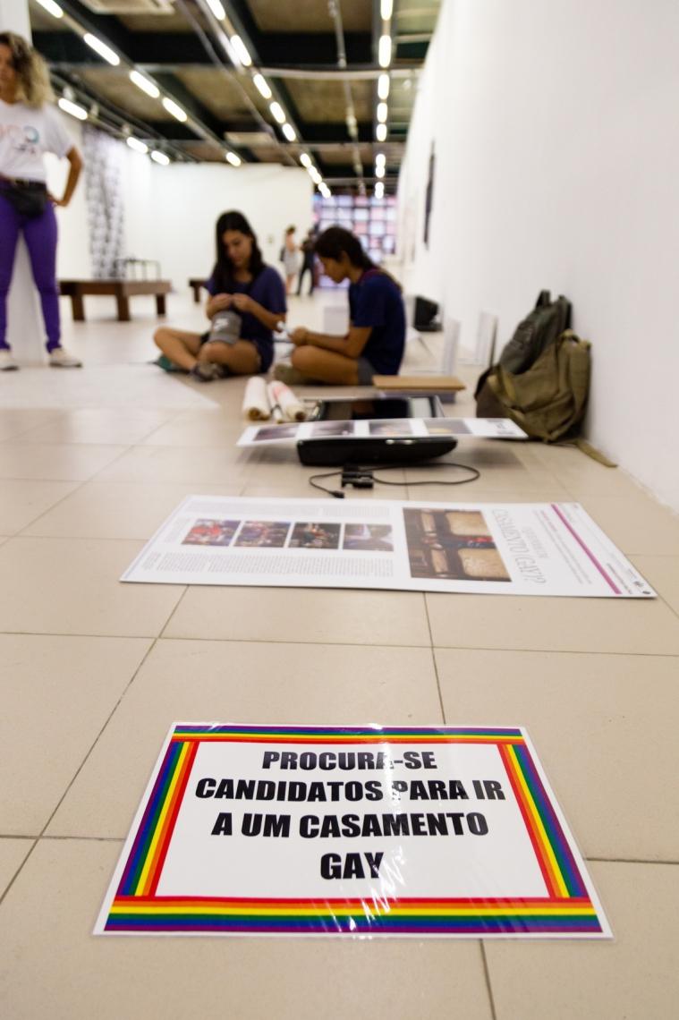 Artistas Eduardo Bruno e Waldírio Castro acusam o Centro Cultural Banco do Nordeste (CCBNB) de homofobia e censura de obra.