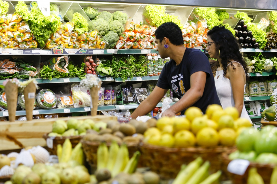 A pesquisa realizada entre os dias 1 e 3 de julho encontrou diferença de um mesmo produto entre os supermercados pesquisados de até 219,73%
