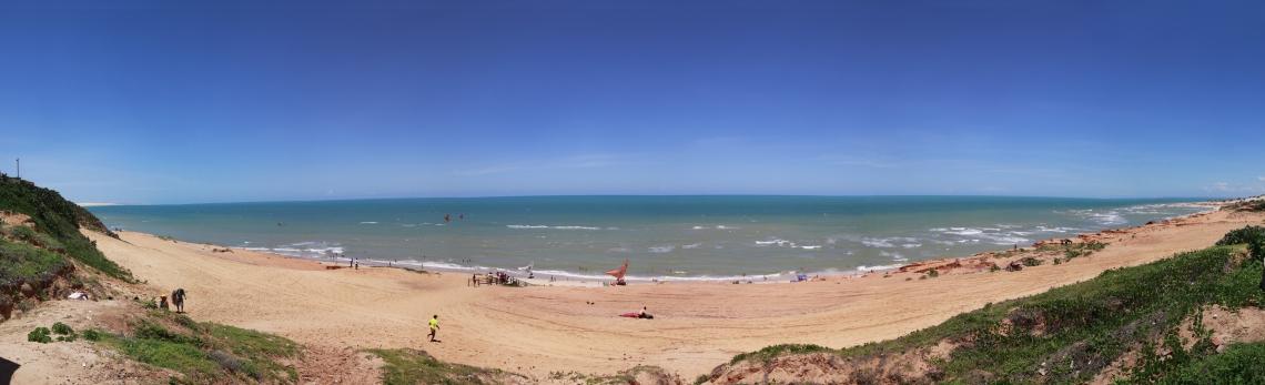 VISTA panorâmica da praia de Canoa Quebrada: Ceará tem 573km de litoral