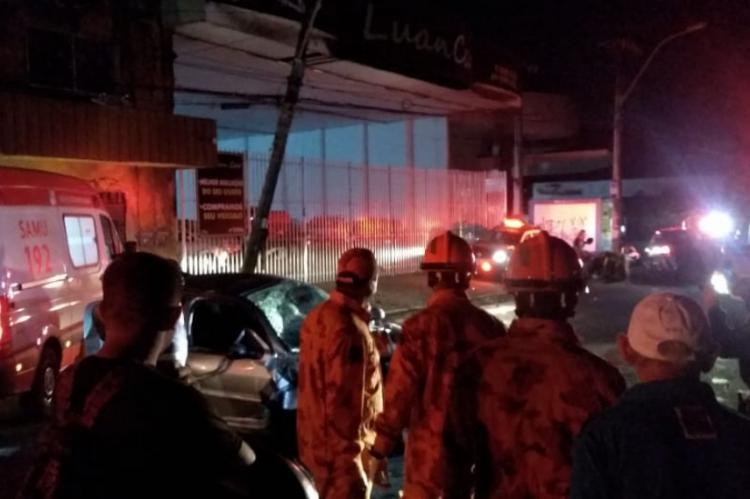 Acidente na avenida José Bastos