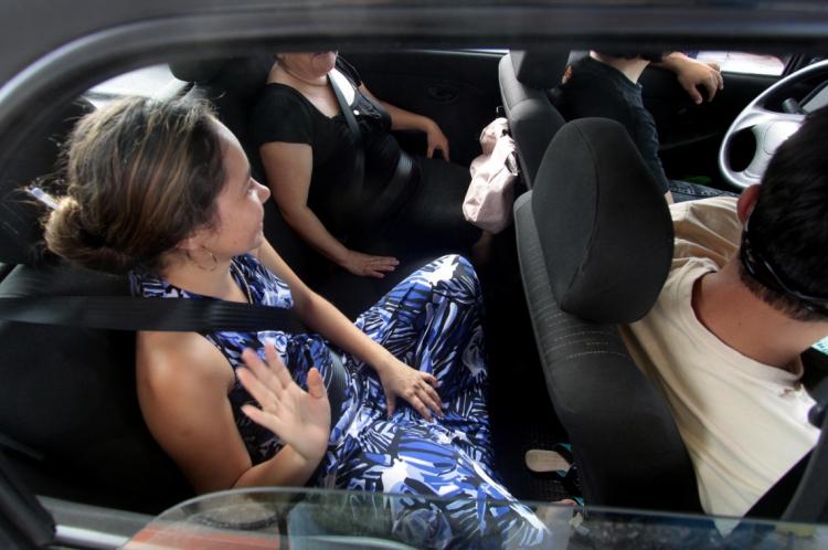 Uso obrigatório do cinto de segurança na parte traseira do carro