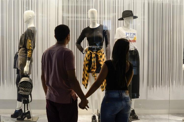 A data comemorativa é considerada a quarta mais importante para o comércio local de Fortaleza. O gasto médio foi avaliado em R$ 227 reais.