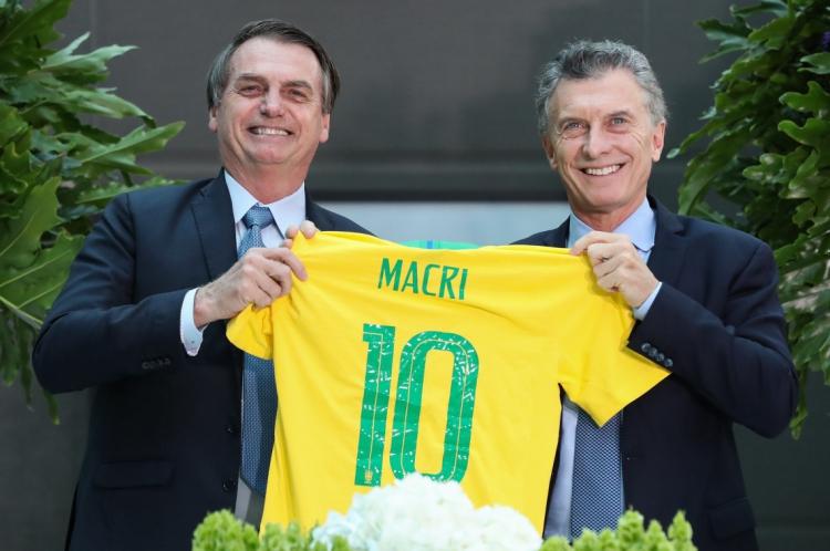 Bolsonaro ao lado de Mauricio Macri, presidente da Argentina