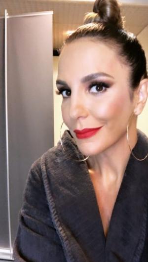 Ivete Sangalo cancela show para cuidar de filha que está internada, diz portal.