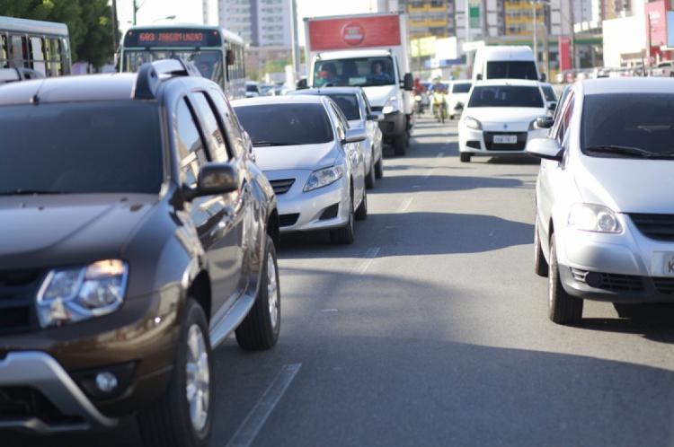 Entre janeiro e maio de 2019, 2.155 veículos foram roubados, contra 4.274 no mesmo período no ano passado.