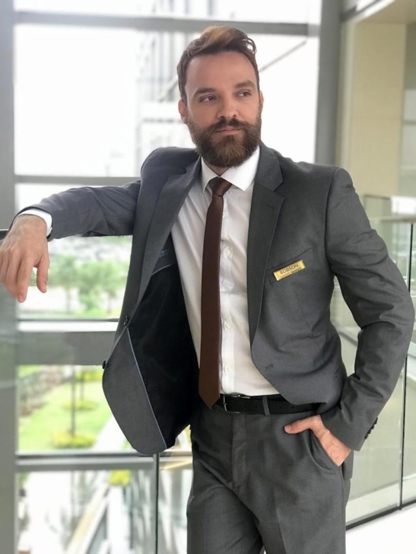 Alex Morenno irá interpretar vilão Robson em