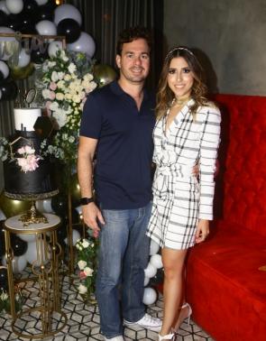 Leonardo Aguiar e Tayra Romcy