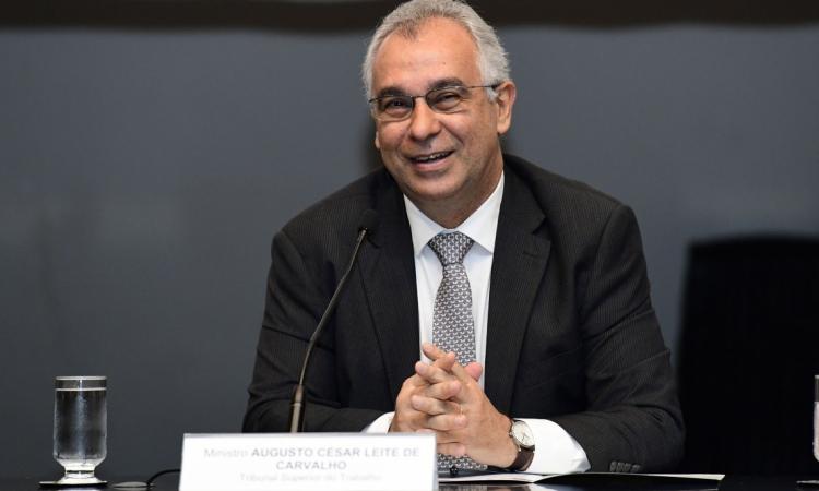 Ministro Augusto César Leite de Carvalho (TST) é um dos conferencistas do evento