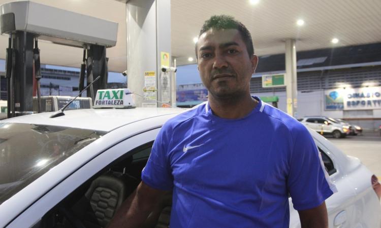 BERNARDO Castelo, 47, taxista