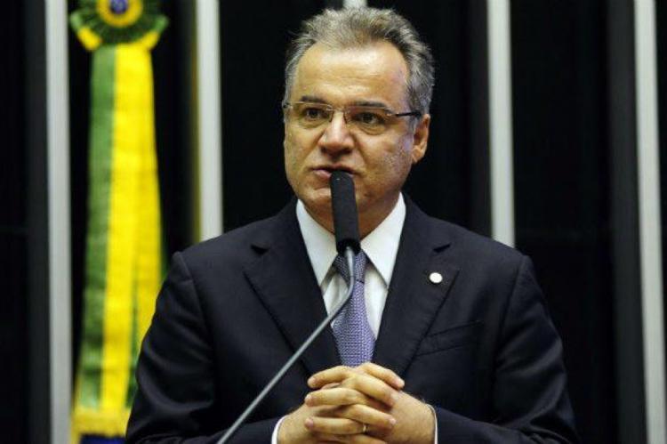 Deputado Samuel Moreira (PSDB-SP) deve apresentar parecer sem diversos pontos nesta quinta-feira, 13