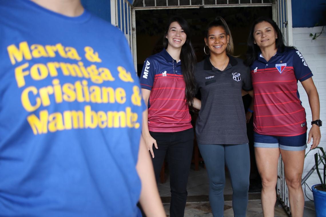 Atletas profissionais do Ceará e do Fortaleza assistiram a derrota do Brasil em bar da Capital
