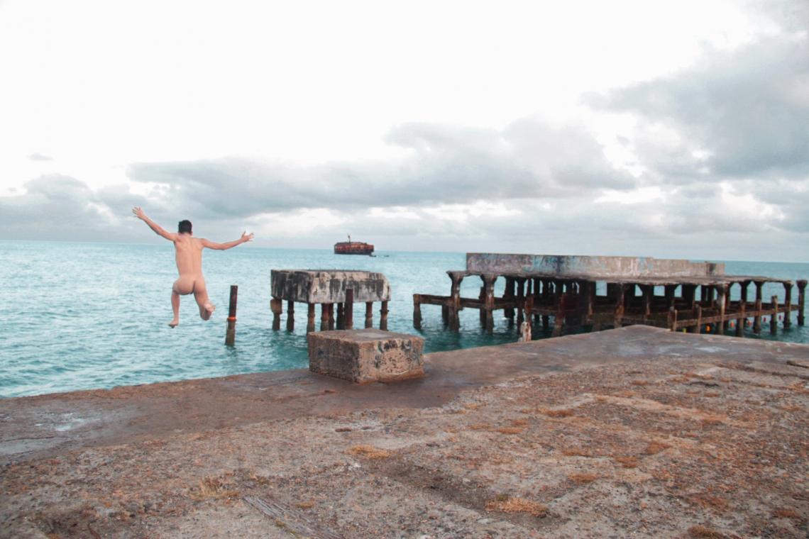 Os bailarinos-criadores da Cia. Dita posaram em 20 dos 60 espaços e edificações públicos de Fortaleza