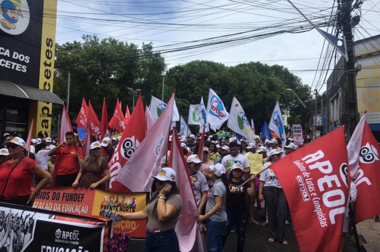 57 cidades realizam atos pelo Ceará