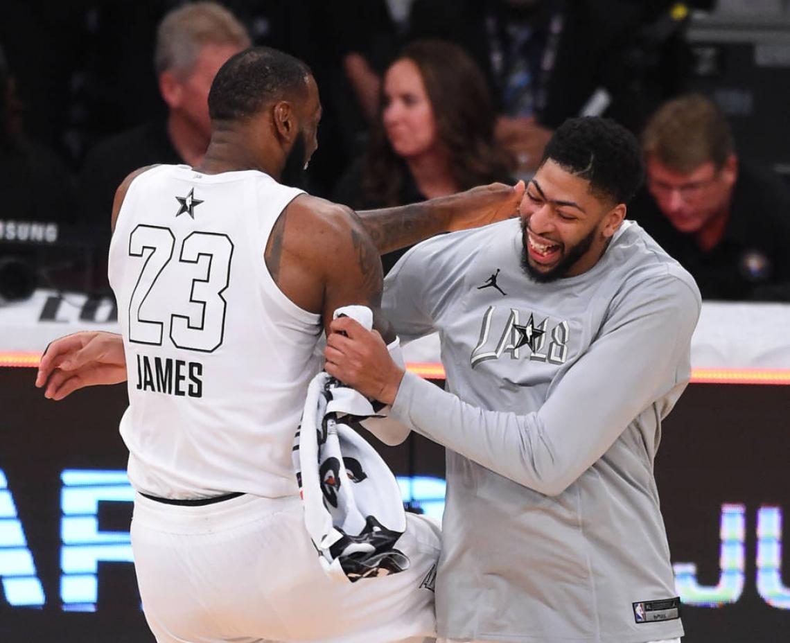 Davis se junta a LeBron no segundo time mais vitorioso da NBA
