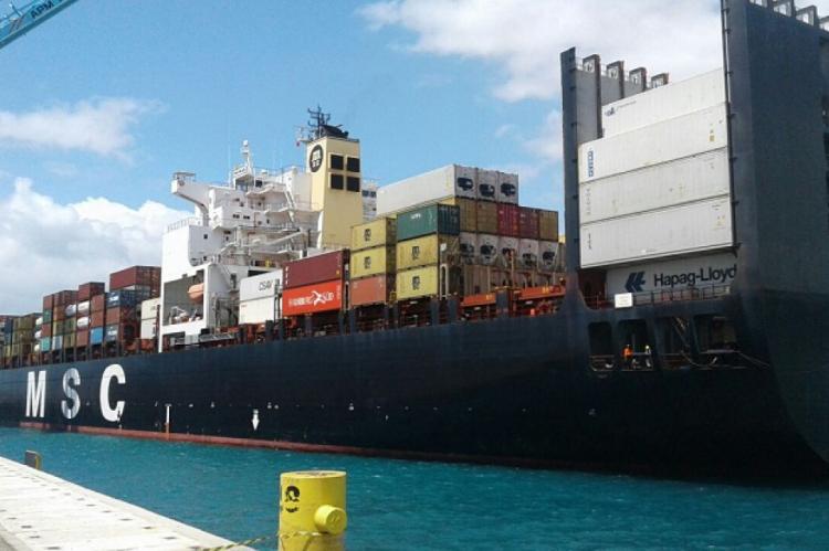 Foram movimentadas cerca de 1.541.285 toneladas de mercadorias no último mês.