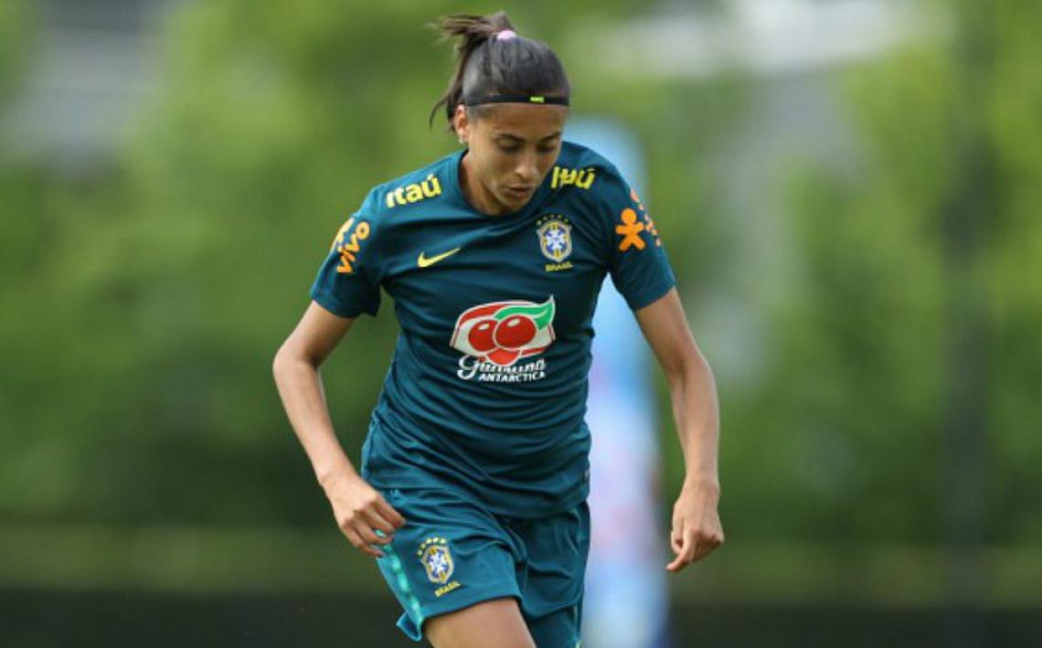 Andressa era uma das principais jogadores do ataque da seleção brasileira