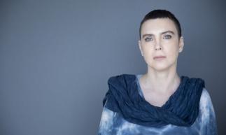 Adriana Calcanhotto faz a turnê do álbum Margem