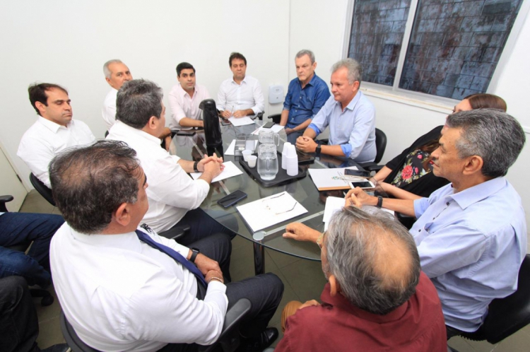 A executiva estadual do PDT se reuniu na tarde desta quarta-feira, 19
