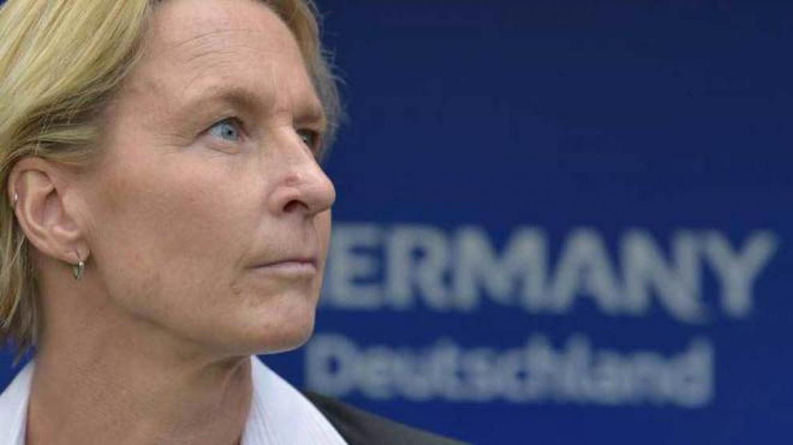 Martina Voss-Tecklenburg, técnica que comanda a Alemanha na Copa do Mundo feminina. Seleção joga contra a Nigéria no sábado, 22 de junho (22/06)
