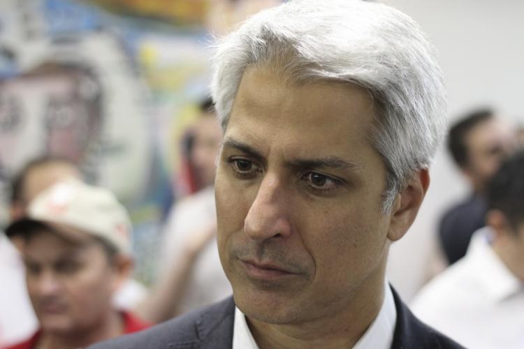 Deputado federal Alessandro Molon (PSB-RJ), líder da Oposição na Câmara (Foto: Deísa Garcêz/Especial para O Povo)
