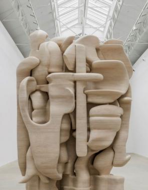Escultura Tony Cragg