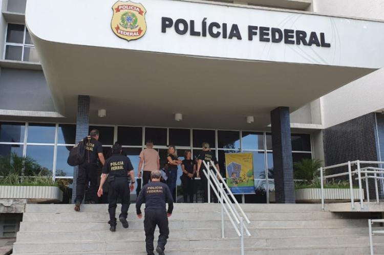 16 mandados de busca e apreensão foram cumpridos nos municípios de Fortaleza, Redenção, Maracanaú, Acarape e Pacatuba